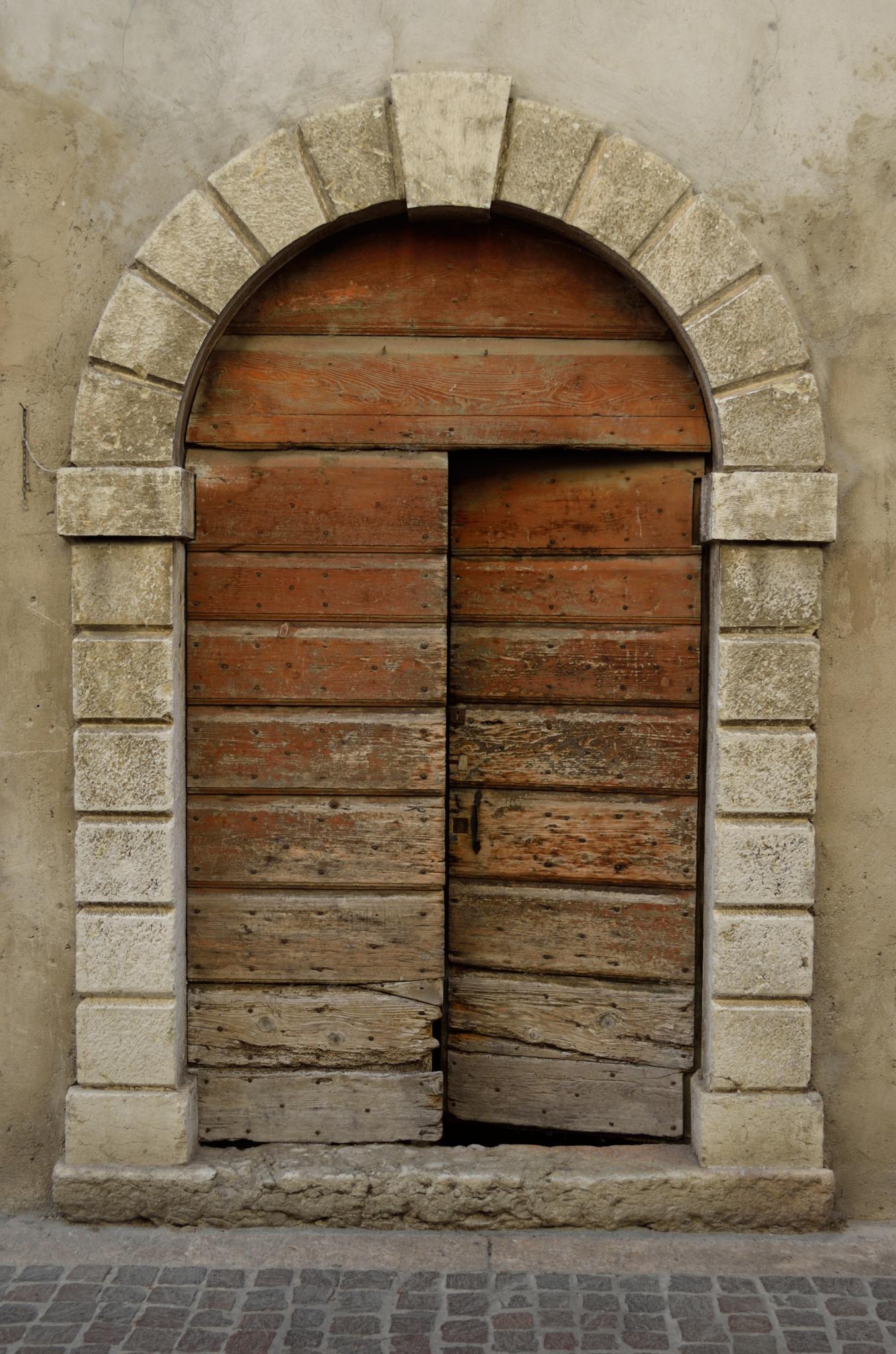 Door, ajar